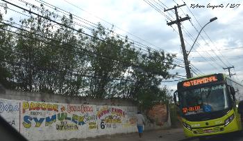 fotografia de ônibus em niterói